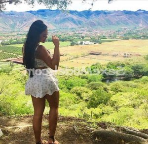 Charlina wannonce escorte