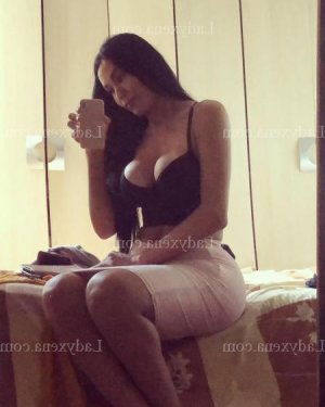 Nele massage lovesita escort girl