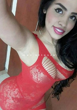 Callia massage escort girl